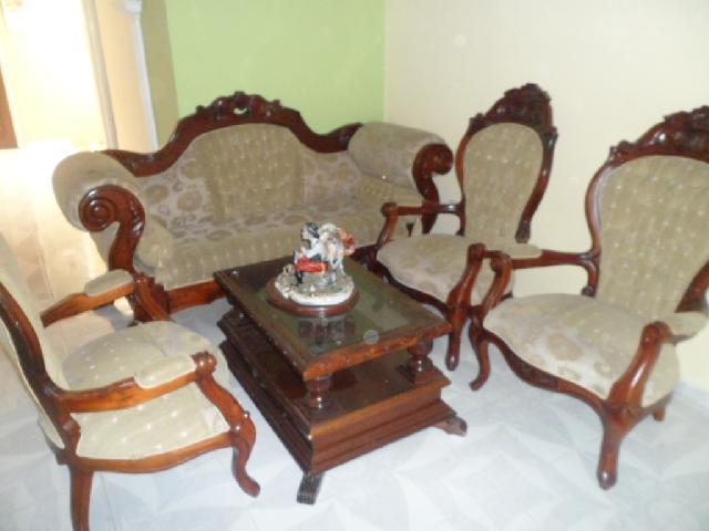 Vendo sala y comedor en tulu for Isabelinas modernas