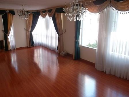 Im genes de vendo apartamento duplex en la castellana en for Pisos para comedor