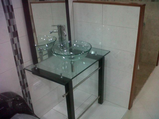 Los mejores muebles para ba o en vidrio lavamanos en for Muebles de bano bogota
