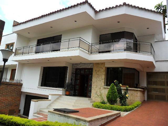 Vendo casa independiente ciudad jard n av madro al en cali for Aviatur cali ciudad jardin
